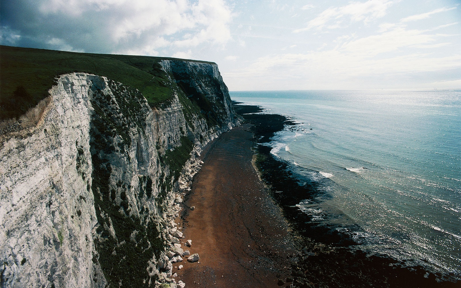 WWIITUNNELS0715-white-cliffs-of-dover.jpg