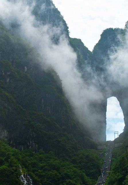 gate of heaven tianmen mountain china