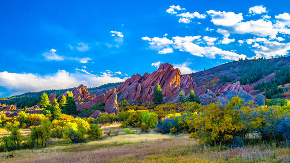Denver, Colorado comes alive with colors in the fall.