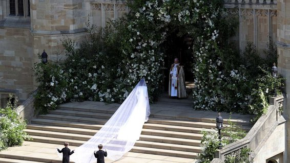 Meghan Markle on her wedding day with Prince Hair at Windsor Castle