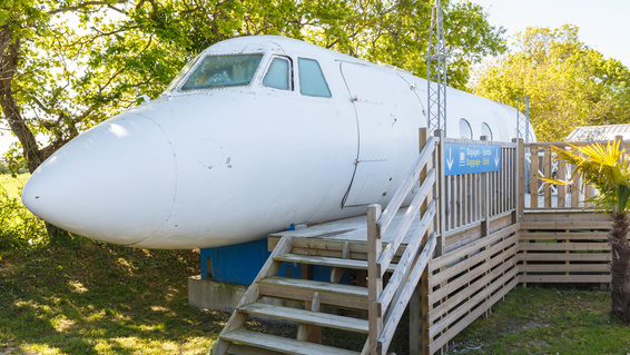 Airplane Airbnb