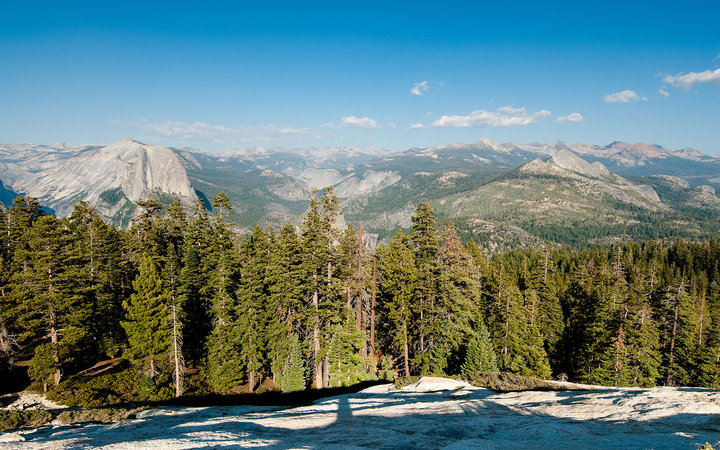 CC7J8X scenic view from sentinel dome, yosemite national park, california, usa