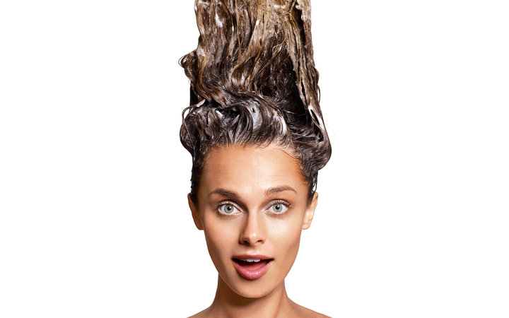 7 Things Your Hair Stylist Wishes You Knew