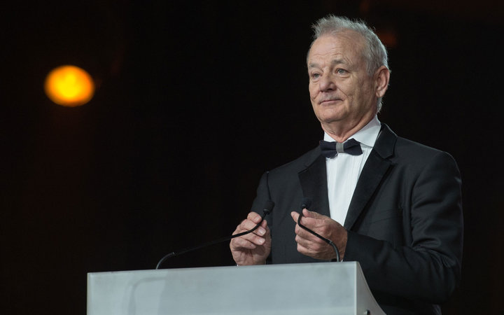 Photos Reveal Bill Murray Enjoyed French Fries With a Random Person at the Airport