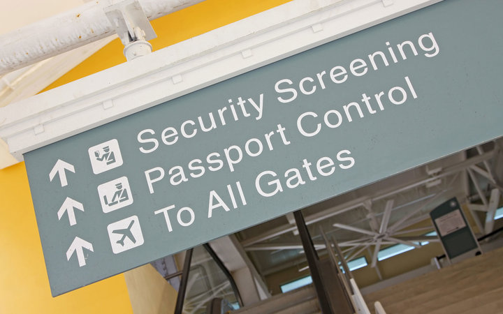 IRS can keep tax dodgers from getting a passport.