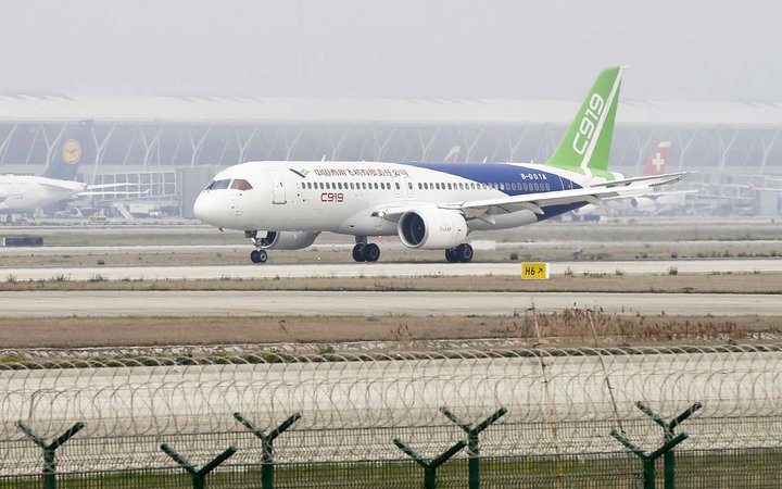 China's First Homegrown Passenger Jet Has Been Cleared for Takeoff