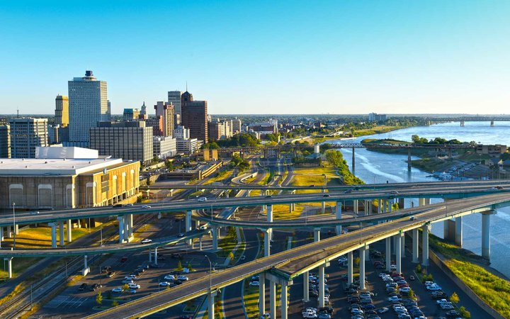 Highways converge in downtown Memphis as they approach a Mississippi River crossing.