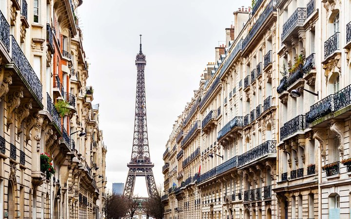 Eiffel Tower and Avenue d'Eylau - Paris, France Airbnb Vacation Holiday Apartment Rental