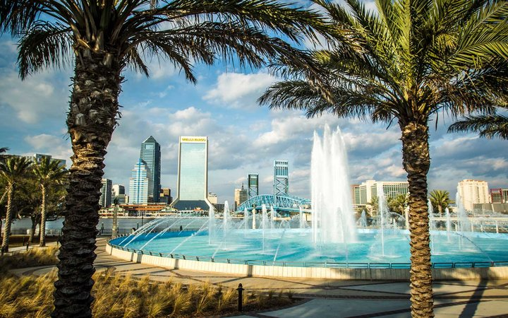 Jacksonville Downtown Friendship Fountain