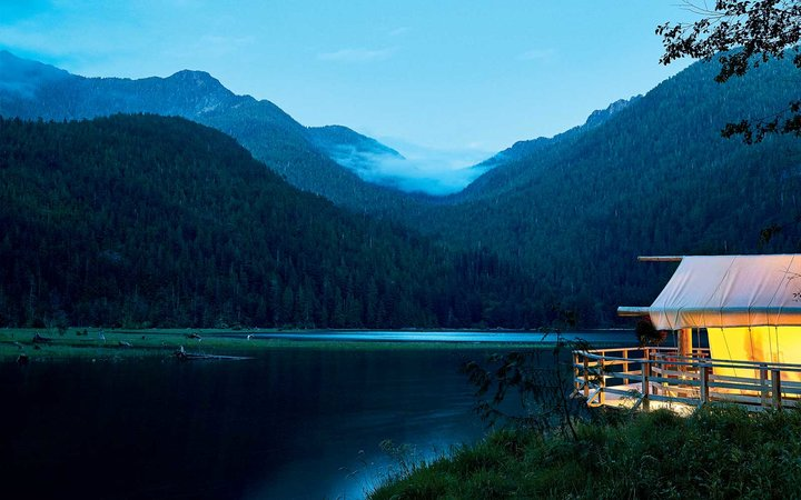 Night view of the Clayoquot Wilderness Resort