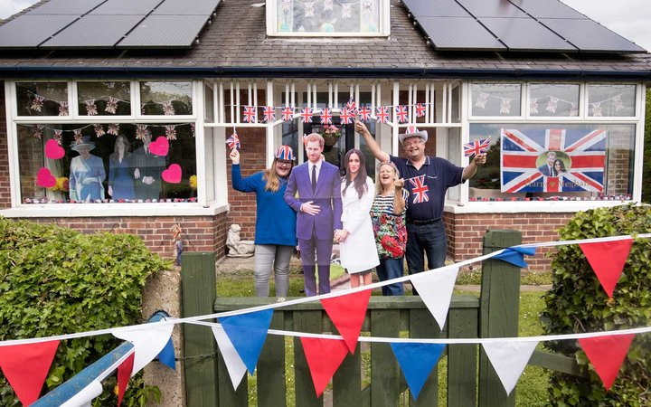 plan a royal wedding party