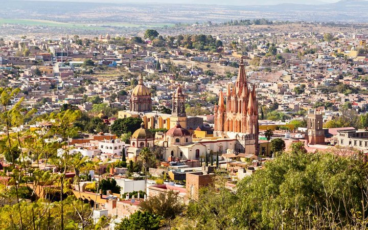 San Miguel de Allende, a colonial city in Mexico's central highlands, is known for its baroque Spanish architecture