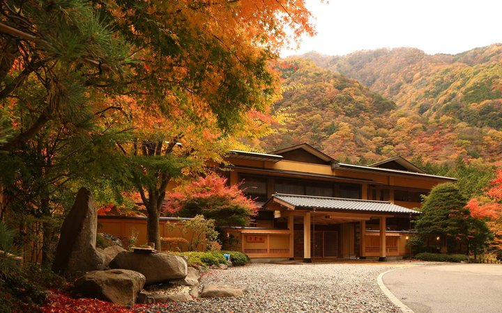 Exterior of Niyishiyama Onsen Keiunkan in Japan, believed to be the world's oldest hotel
