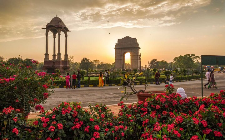 India Gate is a war memorial to 82,000 soldiers of the undivided Indian Army who died in the period 1914-21 during the First World War.
