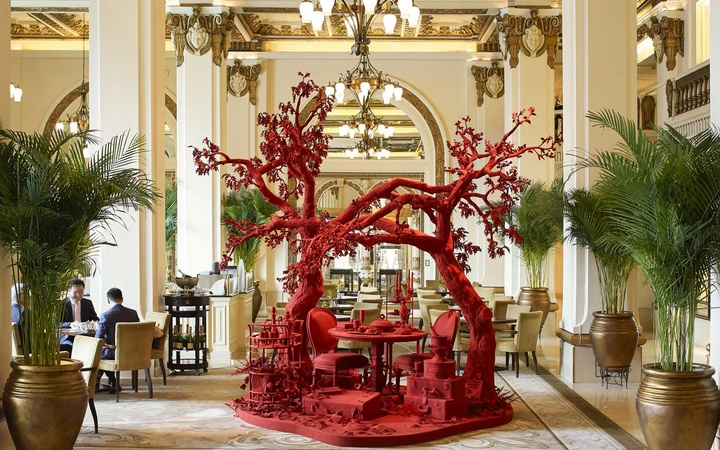 Alizarin art installation at The Peninsula Hong Kong