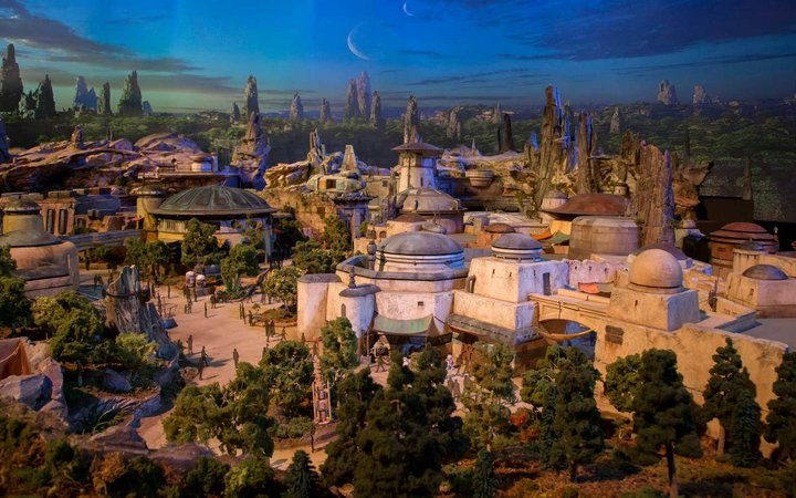 Disneyland's Star Wars Galaxy Edge