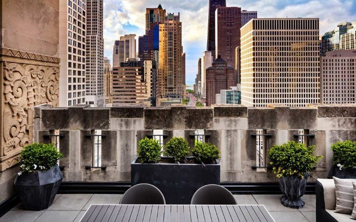 World's Best Hotels in Chicago