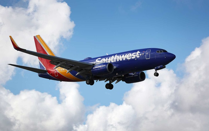 Southwest Airlines plane in flight
