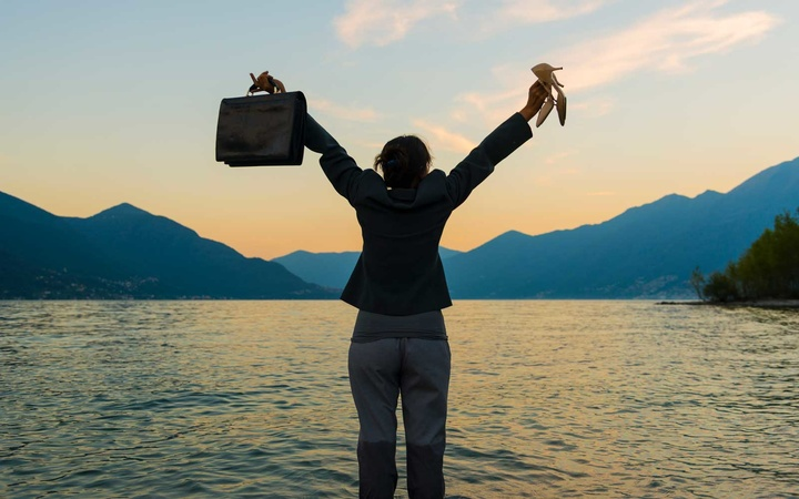 Quit your job and find your dream job, Contest by Prana