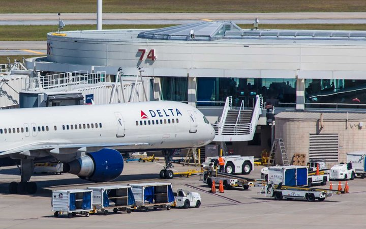 Delta Airlines at Orlando Airport