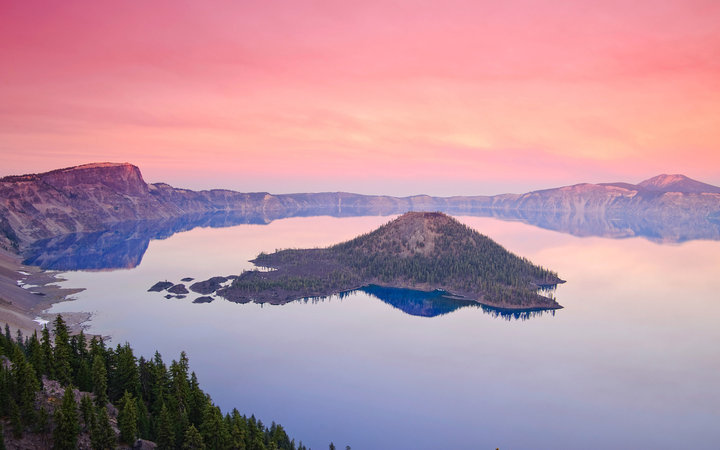 Crater Lake: Oregon