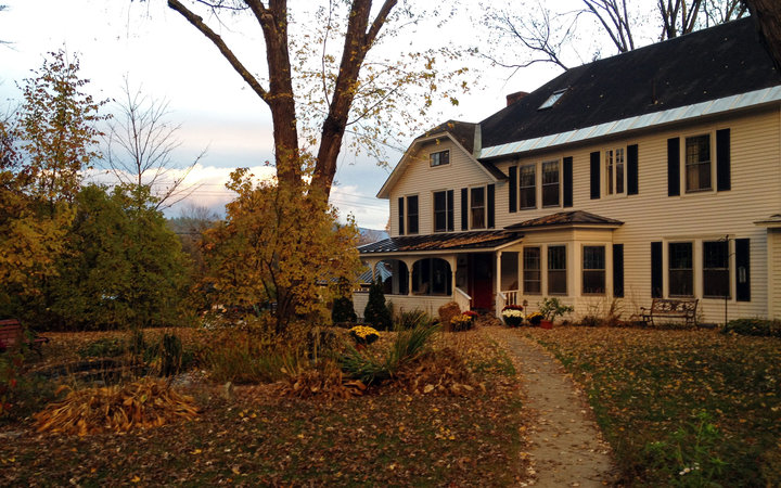 Golden Stage Inn in fall at Ludlow, Vermont