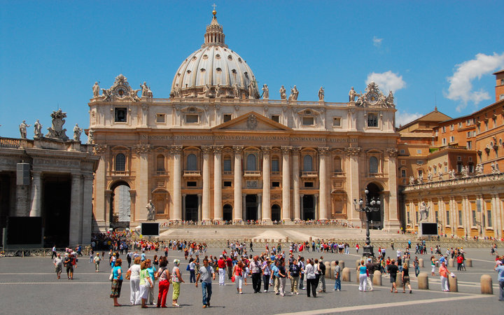 World's Most-Visited Tourist Attractions: St. Peter's Basilica, Vatican City, Italy