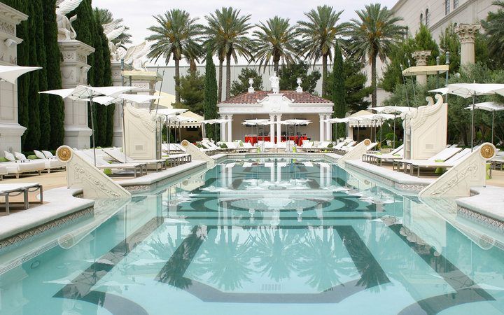 Garden Of The Gods Pool Oasis Caesars Palace Travel Leisure