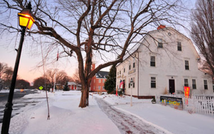 America 39 s prettiest winter towns travel leisure for Winter trip in usa