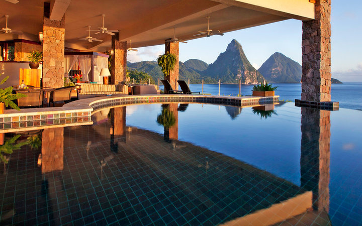 infinity pool at Jade Mountain resort, St. Lucia