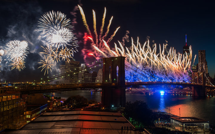 July 4 in NYC: Macy's Fireworks