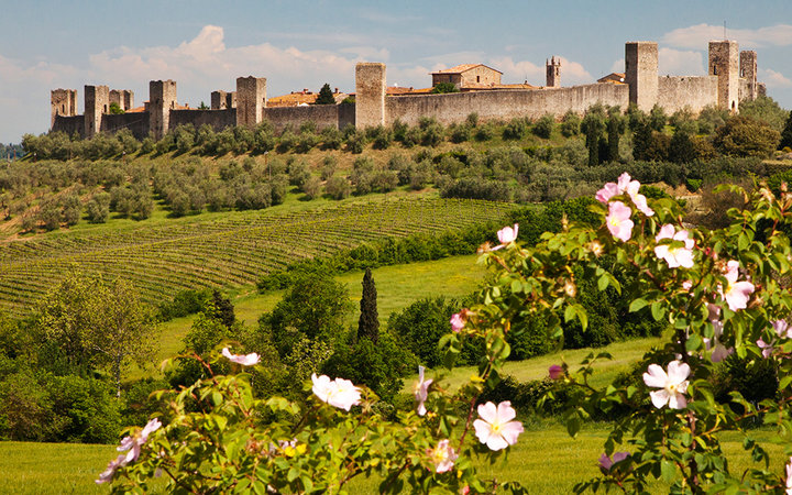 Beautiful Castles in Tuscany