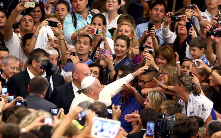 selfie stick ban with pope visit