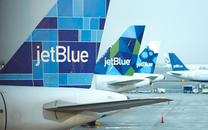 jetBlue airplanes