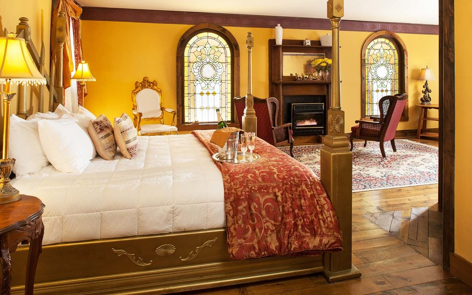 Best Castle hotels and B&Bs in the U.S.
