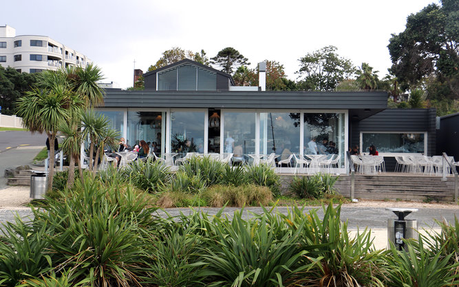 Takapuna Beach Cafe in Auckland