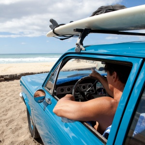Where to Learn How to Surf on Maui