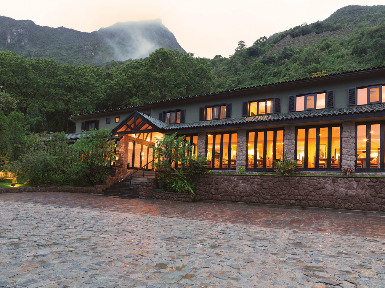 Belmond Sanctuary Lodge Machu Picchu Peru