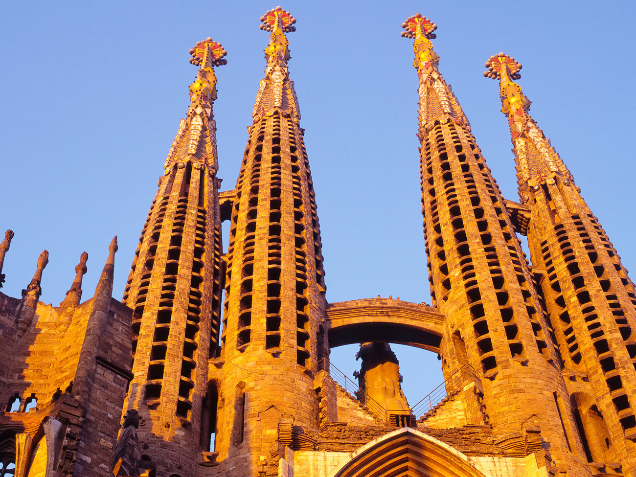 Basilica of the sagrada familia travel leisure for Barcelona famila