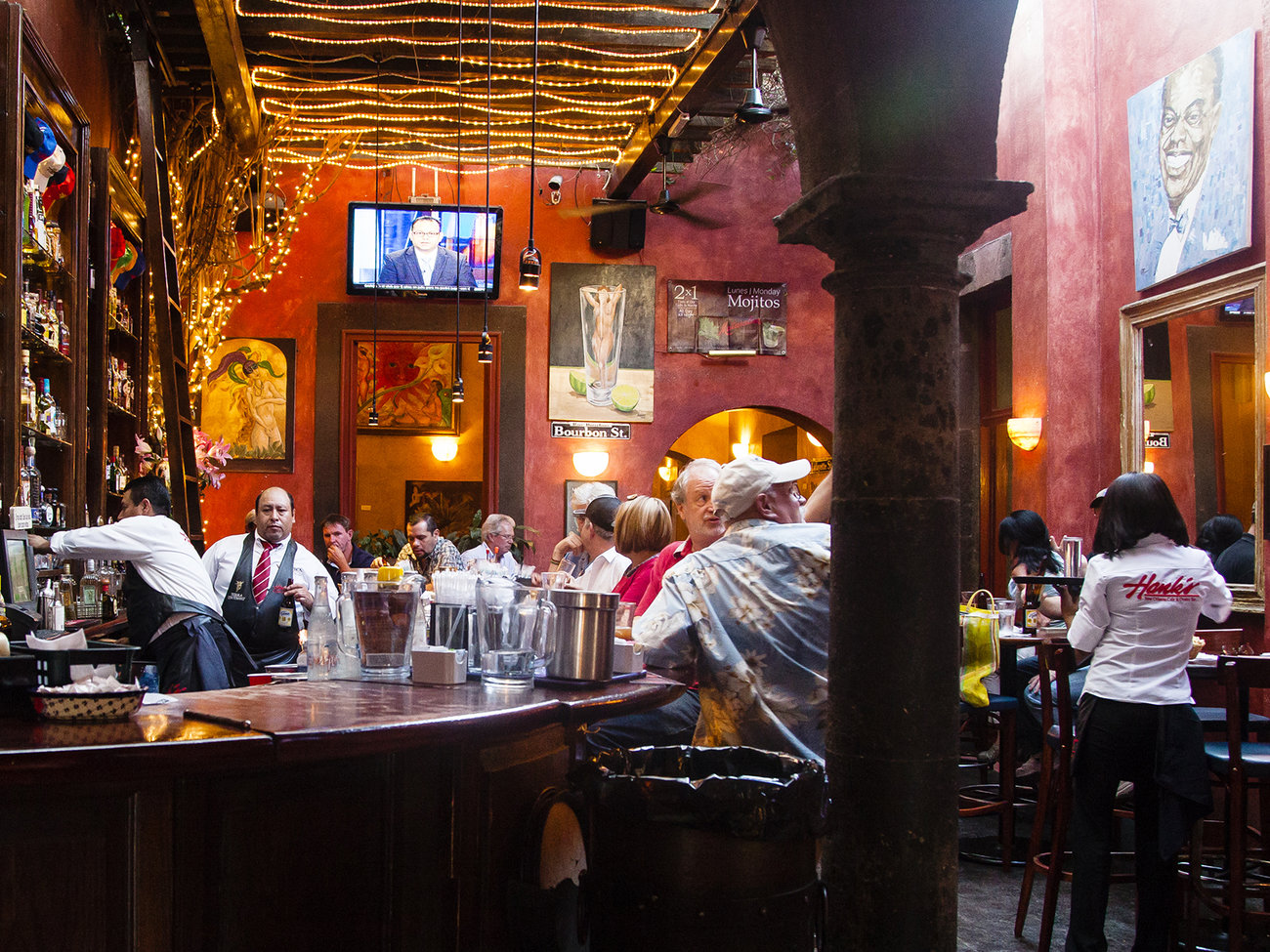 Hank's New Orleans Cafe & Oyster Bar in San Miguel de Allende