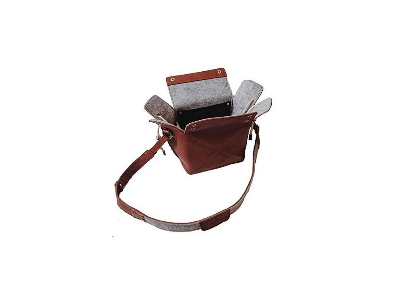 leather-camera-bag-amazon-prime-BESTSHOP1215.jpg