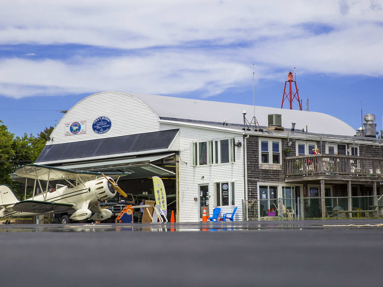 Hangar B Eatery Restaurant in Cape Cod