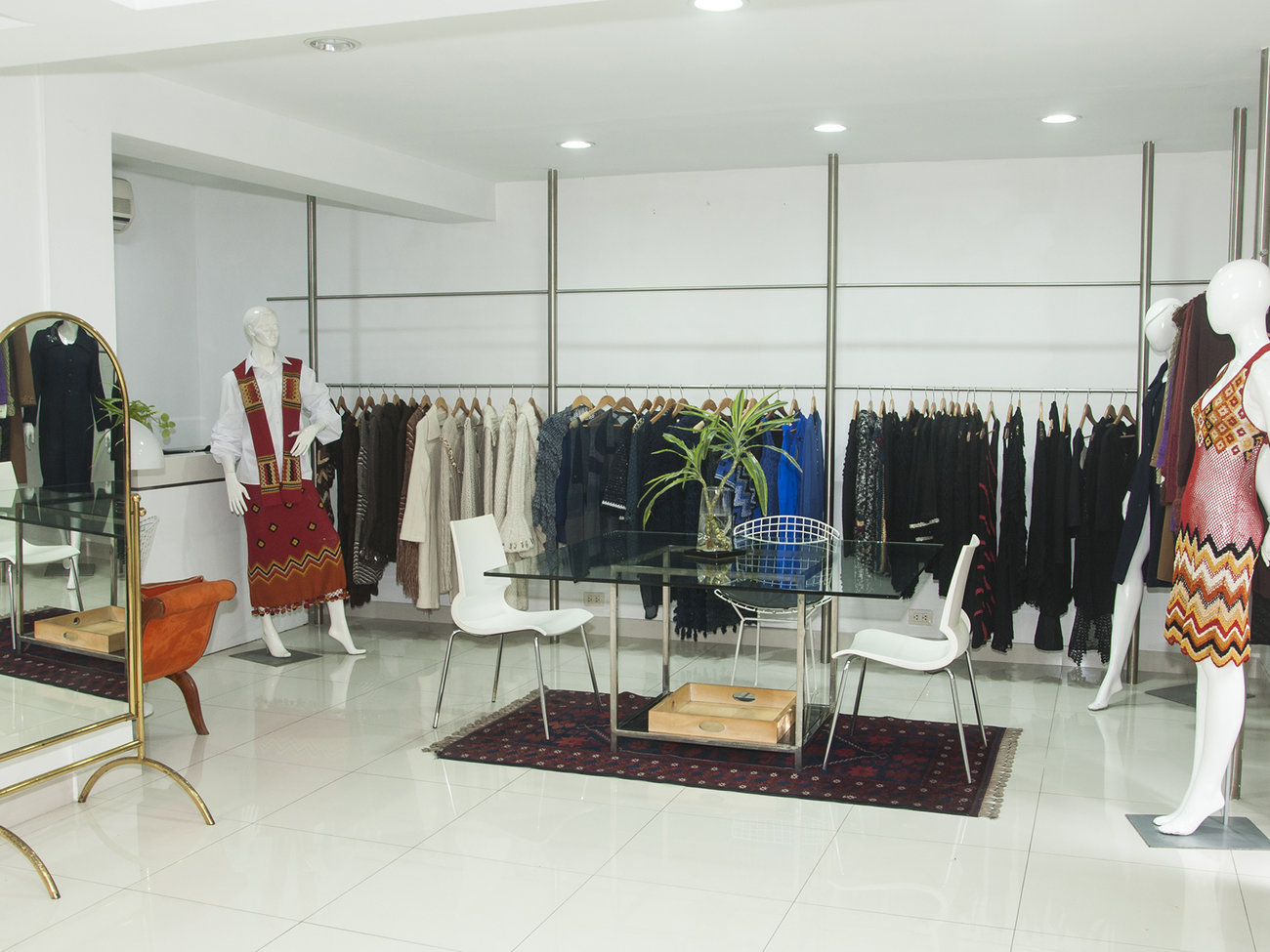 Giuliana Testino Clothing Store in Lima