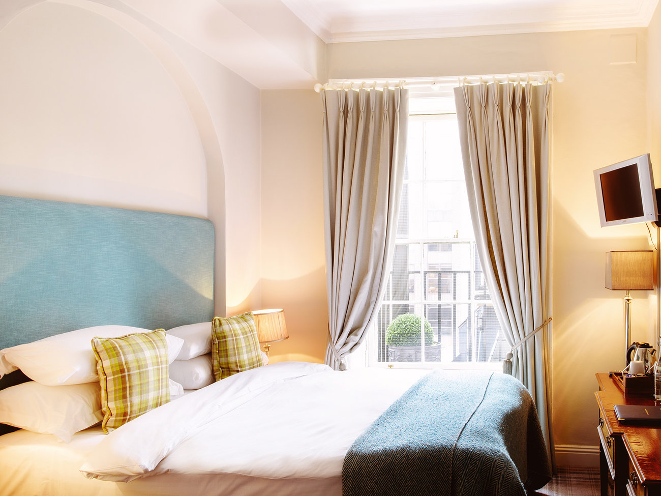 Cliff Townhouse Hotel in Dublin