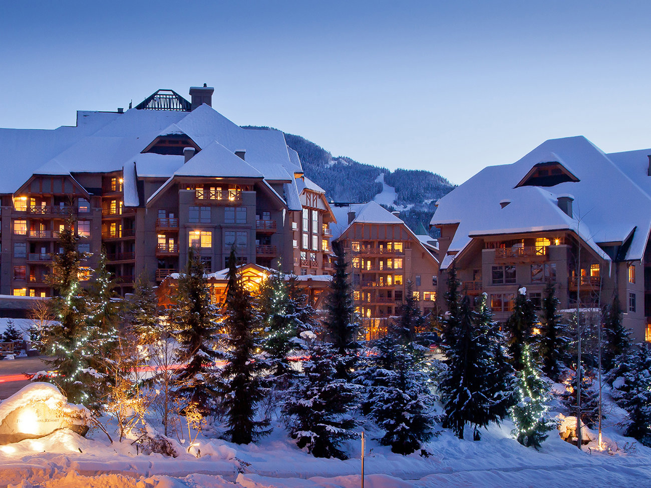 Four Seasons Resort & Residences Whistler Hotel