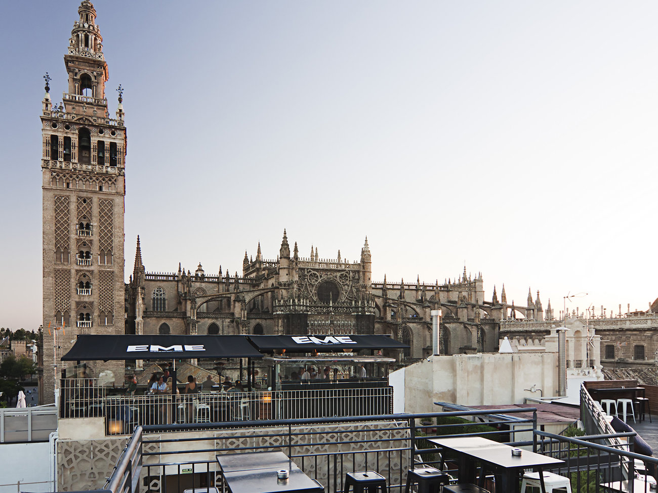 Eme Catedral Terrace Bar in Seville