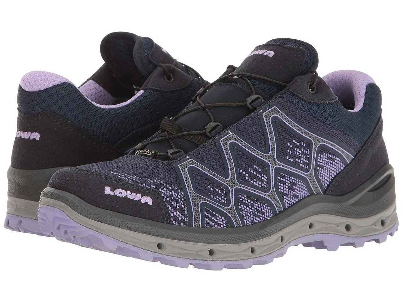 lowa-aerox-hiking-shoe-HIKEWOMEN0418.jpg