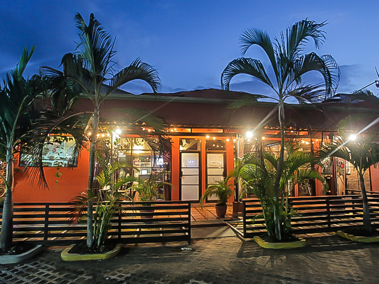 Graffiti Restro Cafe and Wine Bar Restaurant in Costa Rica