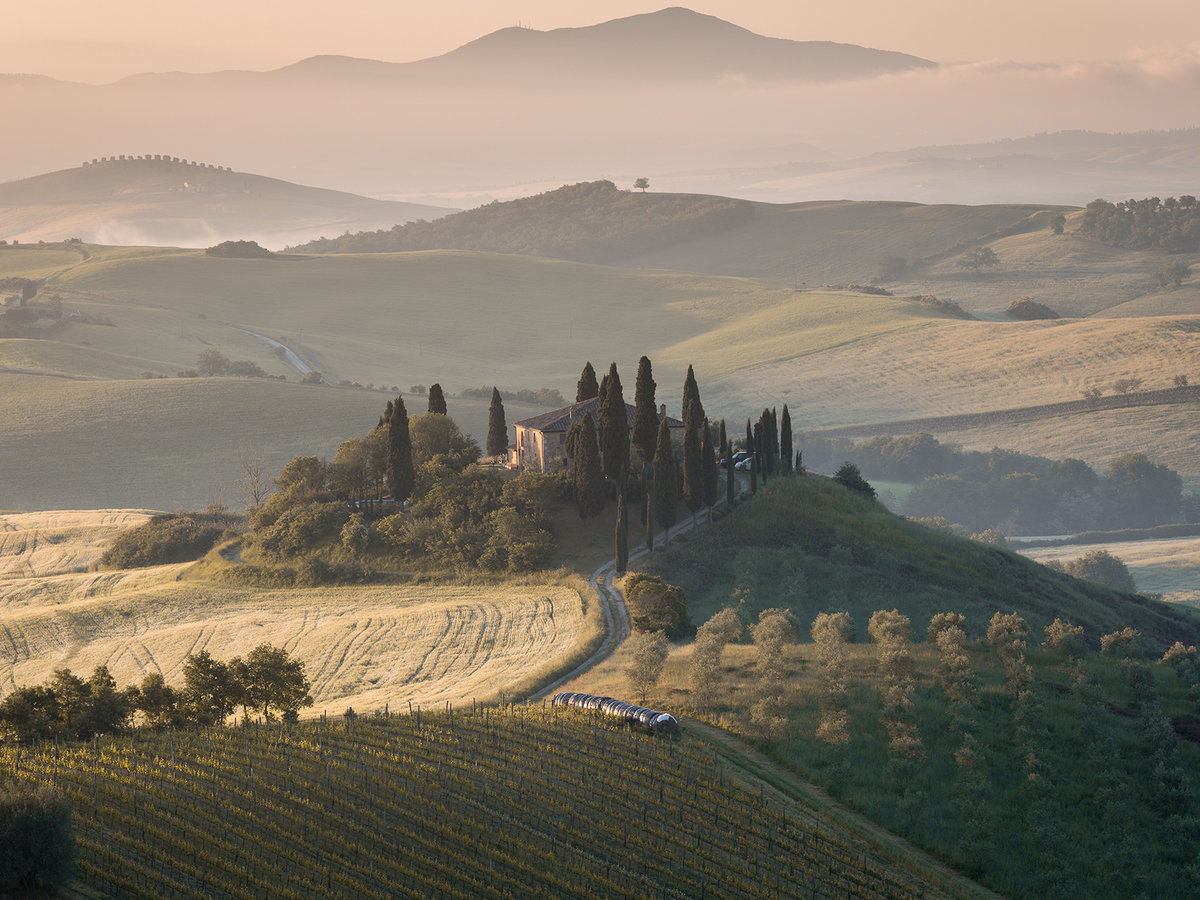 Tuscany, springtime in the morning