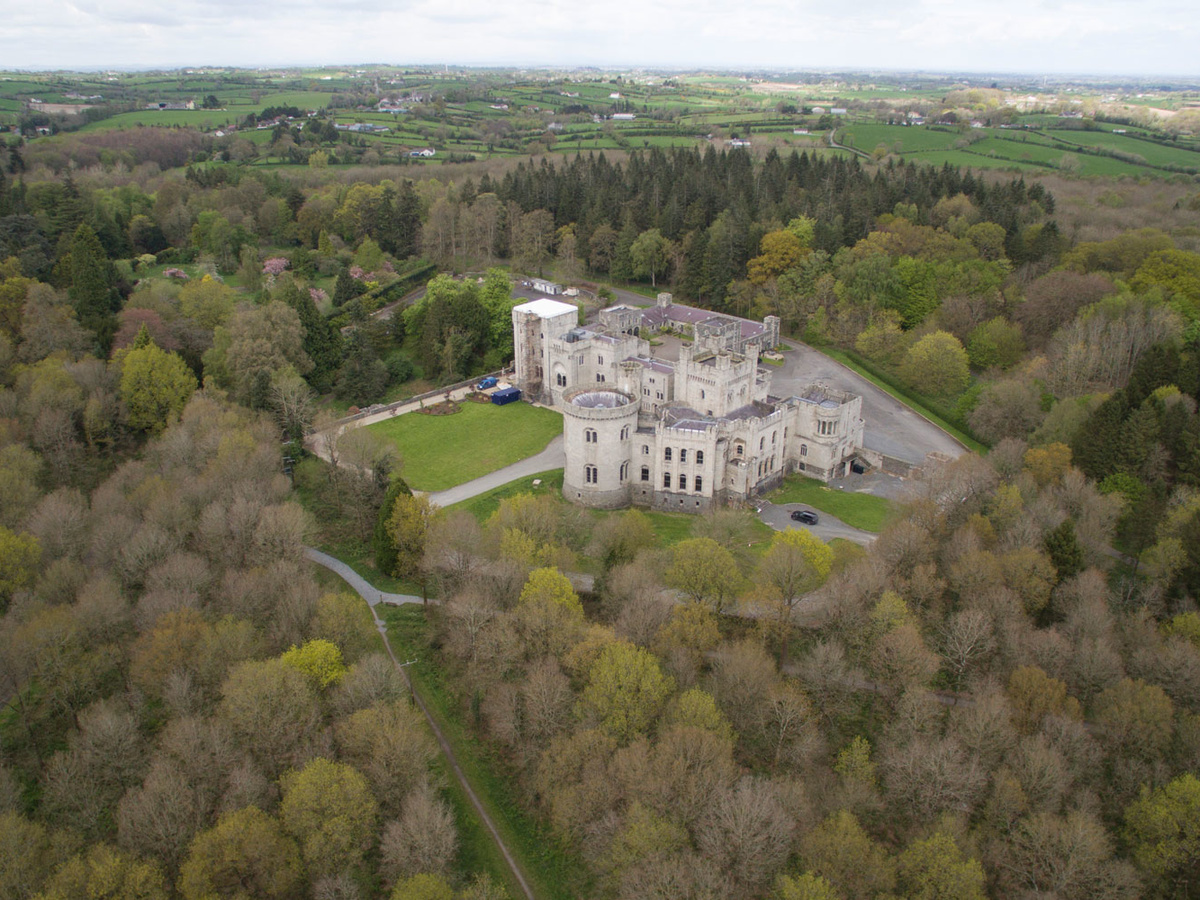 Portions of Gosford Castle, which was filmed in Game of Thrones, are currently on sale.